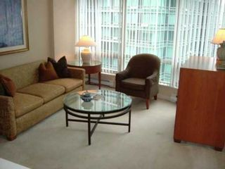 """Photo 3: 1606 1288 ALBERNI ST in Vancouver: West End VW Condo for sale in """"PALISADES"""" (Vancouver West)  : MLS®# V595476"""