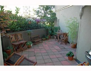 """Photo 9: 211 1106 PACIFIC Street in Vancouver: West End VW Condo for sale in """"WESTGATE LANDING"""" (Vancouver West)  : MLS®# V755168"""