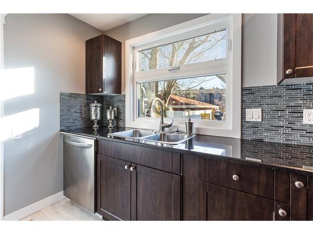 Photo 16: Photos: 36 OAKBURY Place SW in Calgary: Oakridge House for sale : MLS®# C4101941