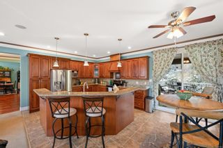 Photo 5: 2267 Players Dr in : La Bear Mountain House for sale (Langford)  : MLS®# 869760