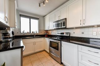 "Photo 11: 1704 420 CARNARVON Street in New Westminster: Downtown NW Condo for sale in ""Carnarvon Place"" : MLS®# R2546323"