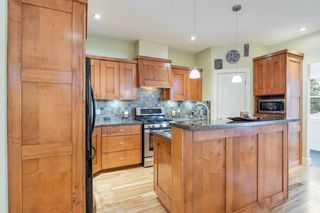 Photo 13: 2214 Broadview Road NW in Calgary: West Hillhurst Semi Detached for sale : MLS®# A1042467