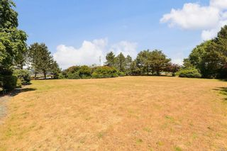Photo 12: 207 3009 Brittany Dr in : Co Triangle Condo for sale (Colwood)  : MLS®# 877239