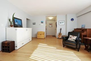 """Photo 3: 201 1315 CARDERO Street in Vancouver: West End VW Condo for sale in """"DIANNE COURT"""" (Vancouver West)  : MLS®# R2616204"""
