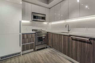 """Photo 10: 1705 4900 LENNOX Lane in Burnaby: Metrotown Condo for sale in """"THE PARK"""" (Burnaby South)  : MLS®# R2223215"""