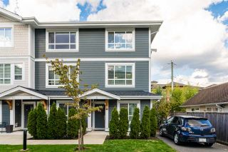 "Photo 2: 8 19753 55A Avenue in Langley: Langley City Townhouse for sale in ""City Park Townhomes"" : MLS®# R2512511"