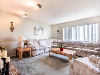 "Photo 2: 21254 89B Avenue in Langley: Walnut Grove House for sale in ""Walnut Grove"" : MLS®# R2439345"