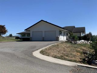 Photo 3: 30226 TOWNSHIPLINE Road: House for sale in Abbotsford: MLS®# R2496826