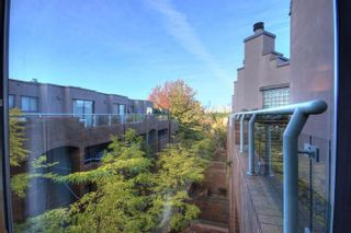 """Photo 7: 6B 766 W 7TH Avenue in Vancouver: Fairview VW Townhouse for sale in """"THE WILLOW COURT"""" (Vancouver West)  : MLS®# V738197"""