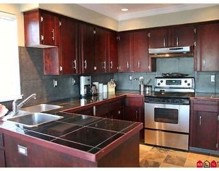 Photo 2: 15882 BUENA VISTA Avenue: White Rock House for sale (South Surrey White Rock)  : MLS®# F2918288