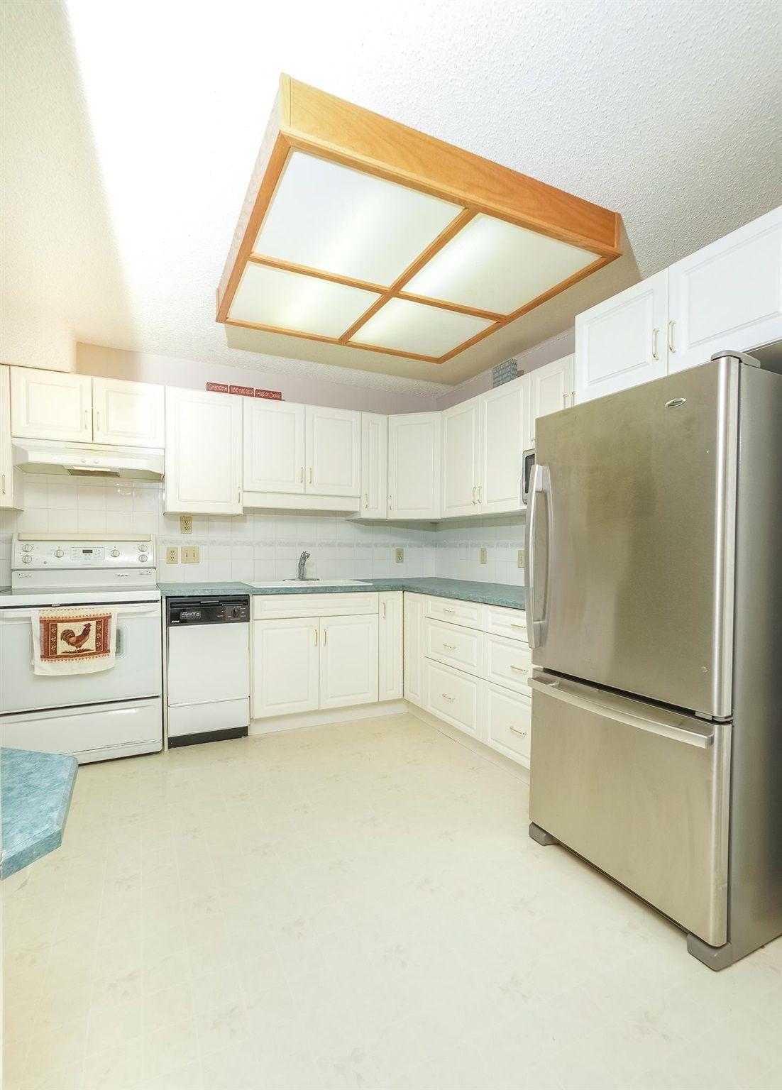 Photo 4: Photos: 205 5212 48 Avenue: Wetaskiwin Condo for sale : MLS®# E4254817