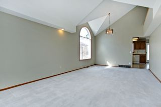 Photo 4: 134 Edgebrook Close NW in Calgary: 2 storey for sale : MLS®# C3616951