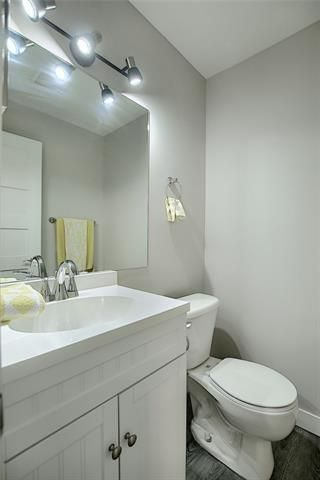 Photo 26: 18 23 GLAMIS Drive SW in Calgary: Glamorgan Row/Townhouse for sale : MLS®# C4293162