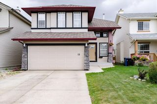 Photo 1: 19 PANAMOUNT Garden NW in Calgary: Panorama Hills Detached for sale : MLS®# C4188626