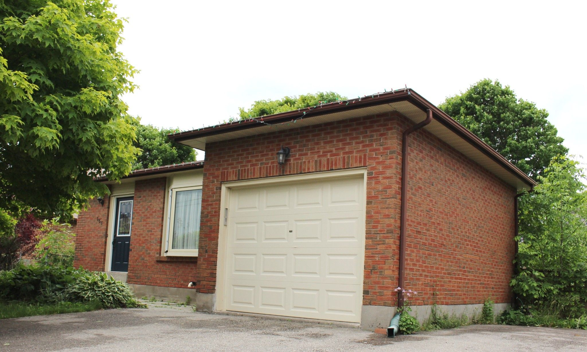 Main Photo: 551 Ewing Street in Cobourg: House for sale : MLS®# 131637