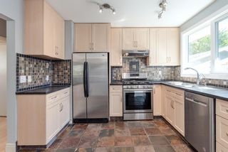 Photo 10: 336 Wascana Crescent SE in Calgary: Willow Park Detached for sale : MLS®# A1144272