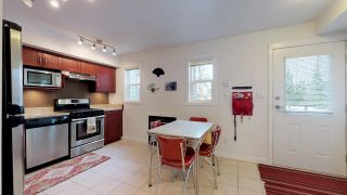 """Photo 3: 2 1204 MAIN Street in Squamish: Downtown SQ Townhouse for sale in """"Aqua"""" : MLS®# R2343310"""