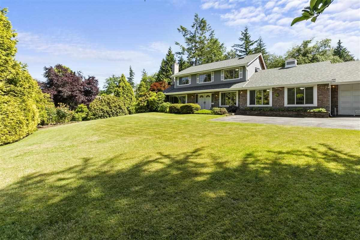 """Main Photo: 17282 29 Avenue in Surrey: Grandview Surrey House for sale in """"COUNTRY WOODS ESTATE"""" (South Surrey White Rock)  : MLS®# R2467467"""
