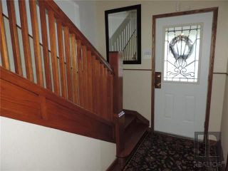 Photo 3: 549 Rathgar Avenue in Winnipeg: Fort Rouge Residential for sale (1Aw)  : MLS®# 1824156