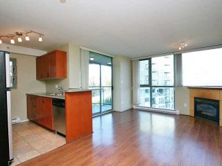 Photo 3: 901 2733 CHANDLERY Place in Vancouver: Fraserview VE Condo for sale (Vancouver East)  : MLS®# V996793