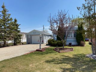 Photo 35: 16 King Crescent in Portage la Prairie RM: House for sale : MLS®# 202112003