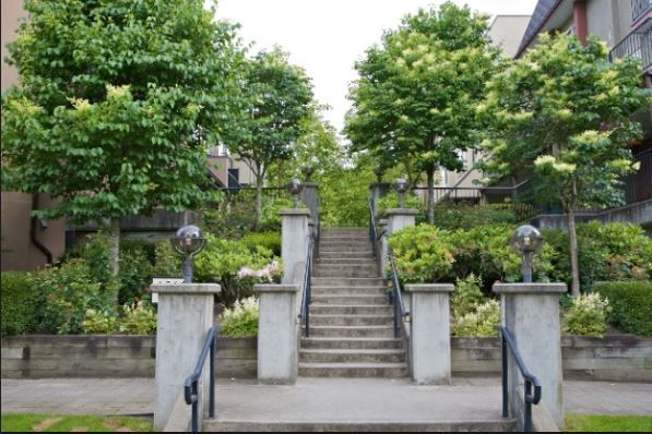 Main Photo: 37 1561 BOOTH AVENUE in Coquitlam: Maillardville Townhouse for sale : MLS®# R2100475
