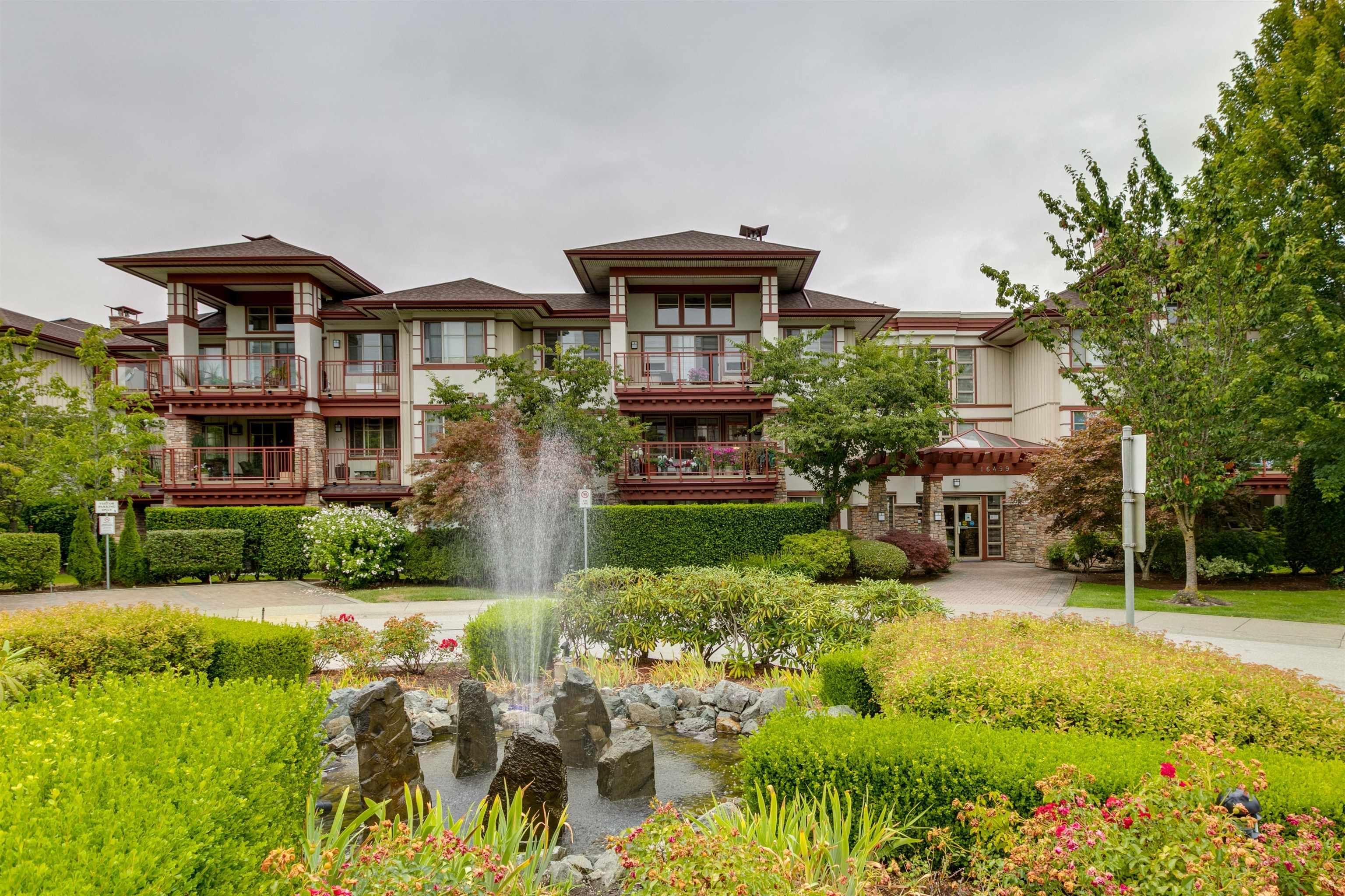 Main Photo: 210 16499 64 Avenue in Surrey: Cloverdale BC Condo for sale (Cloverdale)  : MLS®# R2610364