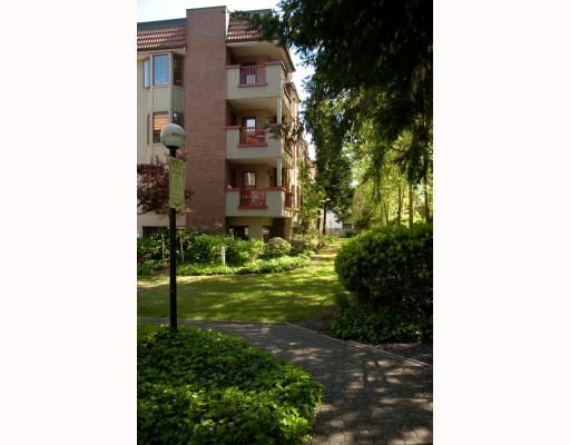 "Main Photo: #131-7651 Minoru Blv, in Richmond BC: Brighouse South Condo  in ""Cypress Point"" (Richmond)"