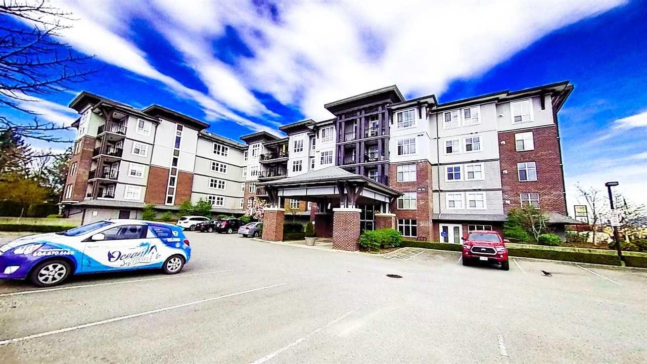 "Main Photo: 412 45645 KNIGHT Road in Sardis: Sardis West Vedder Rd Condo for sale in ""Cotton Ridge"" : MLS®# R2450664"