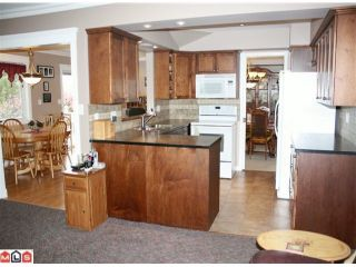 Photo 2: 33015 BANFF Place in Abbotsford: Central Abbotsford House for sale : MLS®# F1011738