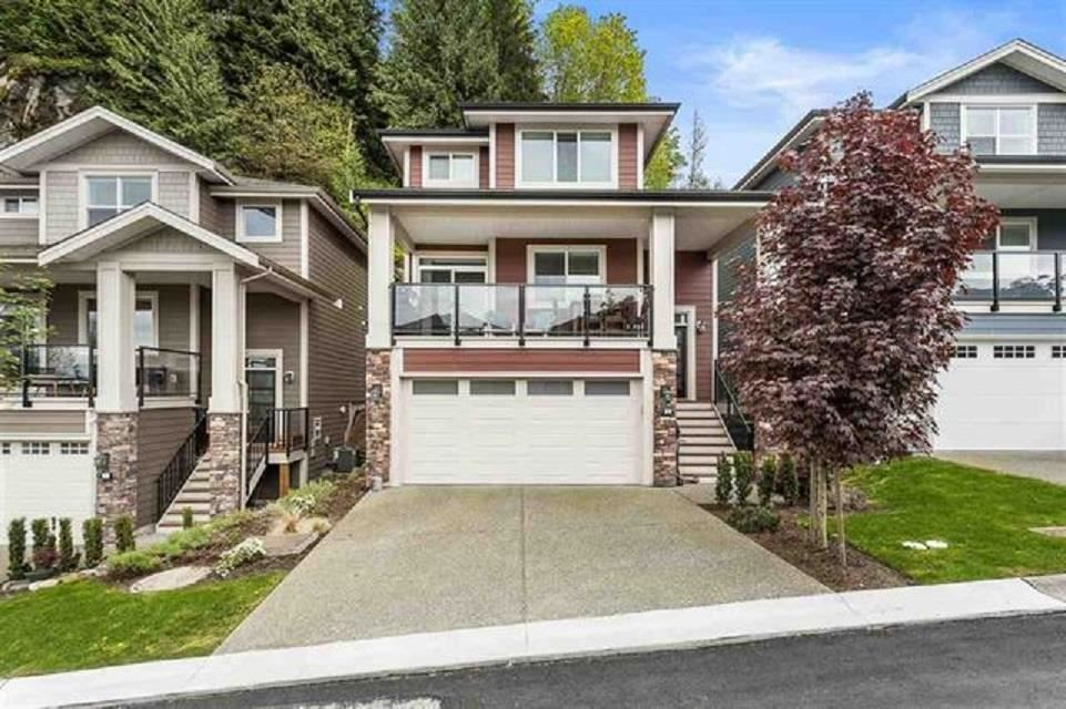 """Main Photo: 29 50634 LEDGESTONE Place in Chilliwack: Eastern Hillsides House for sale in """"THE CLIFFS"""" : MLS®# R2590616"""