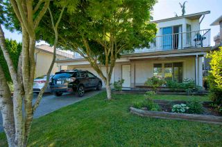 Photo 2: 6324 191A Street in Surrey: Cloverdale BC House for sale (Cloverdale)  : MLS®# R2588171