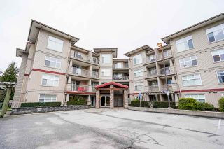 "Photo 2: 109 2515 PARK Drive in Abbotsford: Abbotsford East Condo for sale in ""Viva On Park"" : MLS®# R2540617"