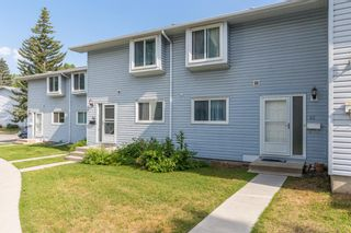 Main Photo: 47 4810 40 Avenue SW in Calgary: Glamorgan Row/Townhouse for sale : MLS®# A1128317