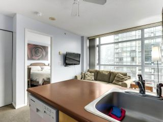 Photo 5: 1006 1889 AlberniL Street in Vancouver: West End VW Condo for sale (Vancouver West)  : MLS®# R2527613