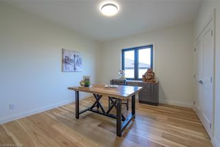 Photo 38: 837 ZAIFMAN Circle in London: North A Residential for sale (North)  : MLS®# 40104585