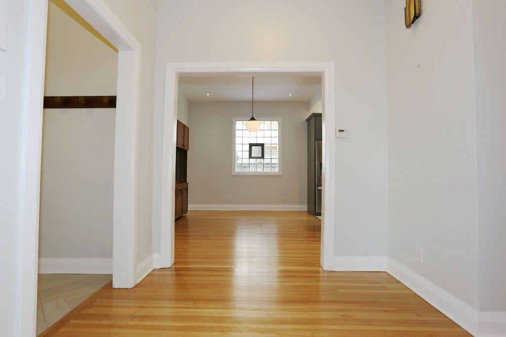 Photo 12: Photos: 1224 Wolseley Avenue in Winnipeg: Wolseley Single Family Detached for sale (5B)  : MLS®# 1724410