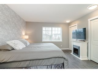 "Photo 10: 77 18983 72A Avenue in Surrey: Clayton Townhouse for sale in ""KEW"" (Cloverdale)  : MLS®# R2425839"