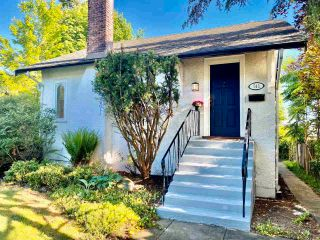 """Main Photo: 741 E 8TH Street in North Vancouver: Boulevard House for sale in """"Boulevard"""" : MLS®# R2587490"""