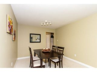 """Photo 4: 17 65 FOXWOOD Drive in Port Moody: Heritage Mountain Townhouse for sale in """"FOREST HILL"""" : MLS®# V1125839"""