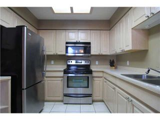"""Photo 6: 307 1955 SUFFOLK Avenue in Port Coquitlam: Glenwood PQ Condo for sale in """"Oxford Place"""" : MLS®# V1032210"""