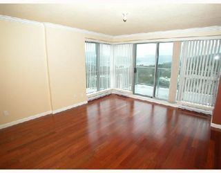 Photo 9: 2202 295 GUILDFORD Way in Port_Moody: North Shore Pt Moody Condo for sale (Port Moody)  : MLS®# V633410