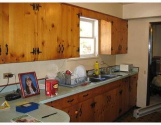 Photo 3: 577 PRATT Road in Gibsons: Gibsons & Area House for sale (Sunshine Coast)  : MLS®# V747928