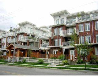 Photo 1: 120 4280 Moncton Street in The Village: Steveston South Home for sale ()  : MLS®# V596568