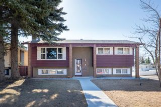 Main Photo: 2 Maidstone Bay NE in Calgary: Marlborough Park Detached for sale : MLS®# A1096509