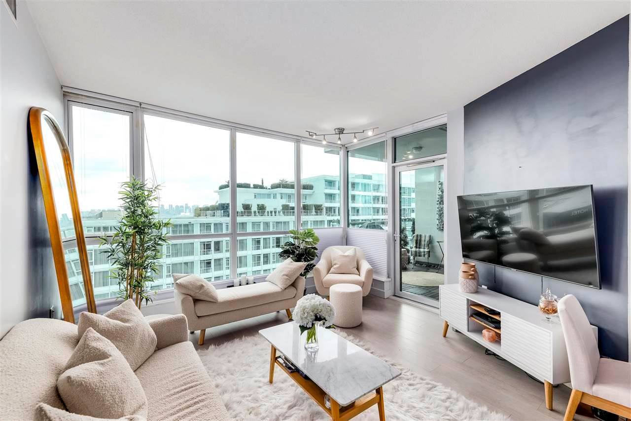"""Main Photo: 903 138 E ESPLANADE in North Vancouver: Lower Lonsdale Condo for sale in """"PREMIER AT THE PARK"""" : MLS®# R2591798"""
