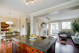 """Photo 6: 35 7168 179 Street in Surrey: Cloverdale BC Townhouse for sale in """"Ovation"""" (Cloverdale)  : MLS®# R2592743"""