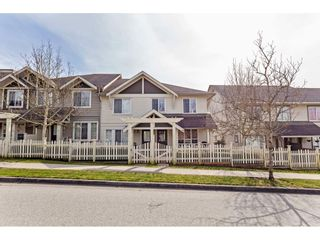 """Photo 2: 42 4401 BLAUSON Boulevard in Abbotsford: Abbotsford East Townhouse for sale in """"The Sage"""" : MLS®# R2554193"""