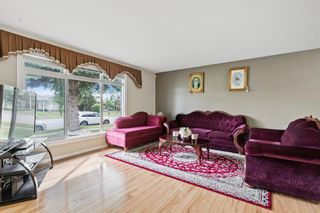 Photo 3: 4772 Rundlehorn Drive NE in Calgary: Rundle Detached for sale : MLS®# A1144252
