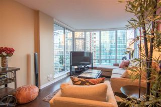 """Photo 2: 1002 833 HOMER Street in Vancouver: Downtown VW Condo for sale in """"ATELIER"""" (Vancouver West)  : MLS®# R2422565"""